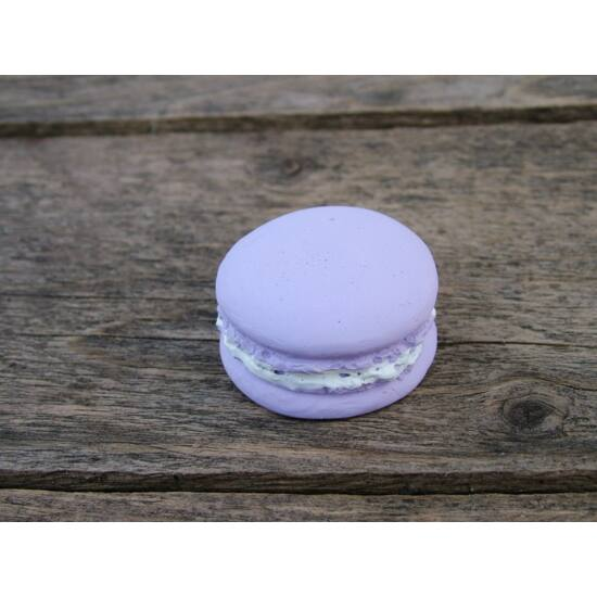 macaron-diszito-lila-szin-1